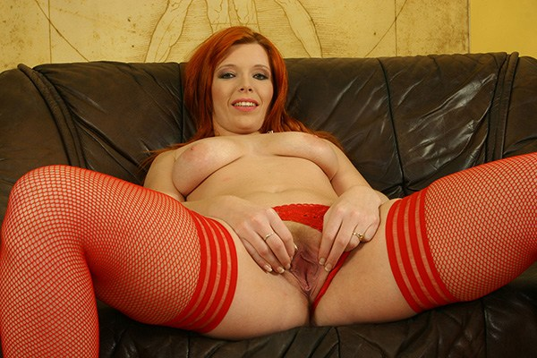 Redhead pissing sex chat UK